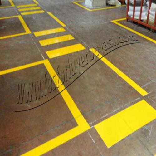 fosforlu yer boyası yaya yolu fabrika içi yol çizgileri