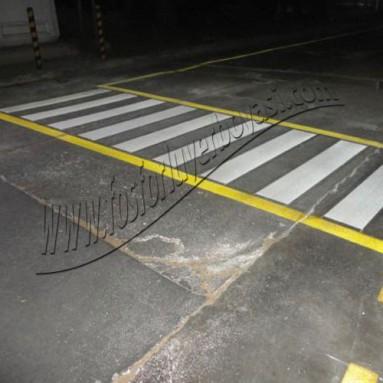 Asfalt zemin yer çizgi boya uygulmaları