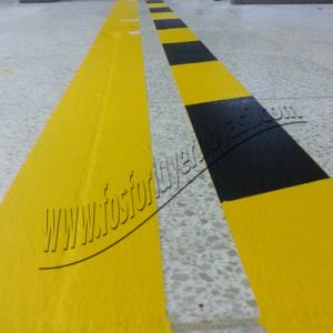 yer boyası sarı siyah tehlike şeritleri