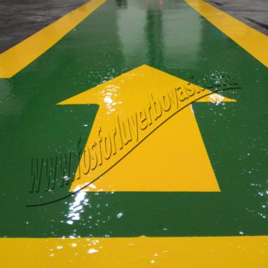 koruma boyalı yeşil sarı dolgulu yaya yolu