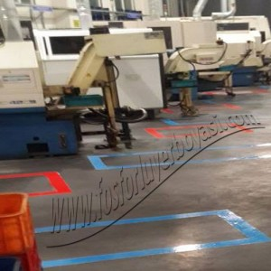 fosforlu yer boyası kırmızı makine stok alanı